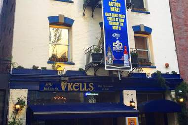 exterior of kells irish pub