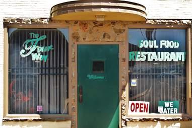 the four way soul restaurant memphis
