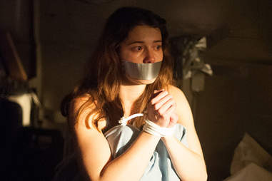 Mary Elizabeth Winstead in Faults