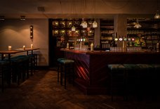 Walter's - The Walter Woodbury Bar