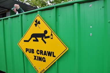 pub crawl xing sign