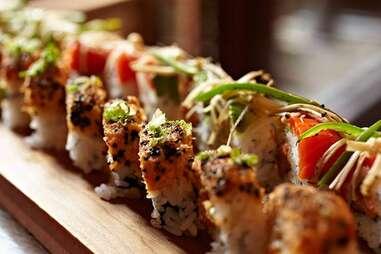 sushi roll at Umi