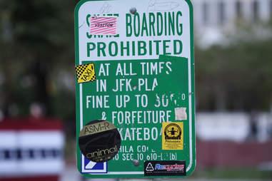 Love Park, sign, no skateboarding sign