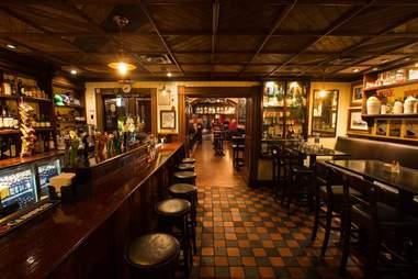 Rí Rá Irish Pub interior bar las vegas