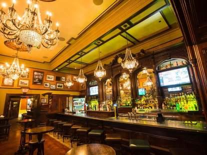 Ri Ra Irish Pub interior and bar chandelier