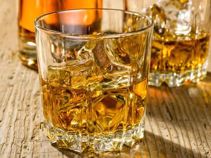 whisky, whisky glass