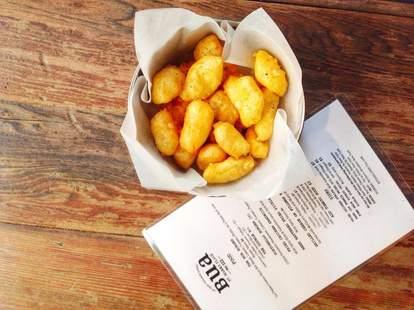 Bua, fried cheese curds, New York Irish Bars