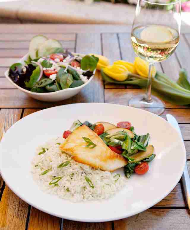wine, cod and salad sambuca nashville happy hour