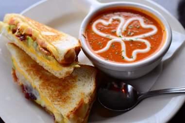 Mo's Irish Pub tomato soup with shamrock indianapolis