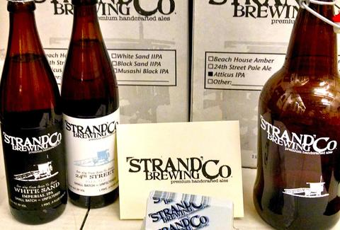 Strand Brewing Co brewery bottles napkins la california