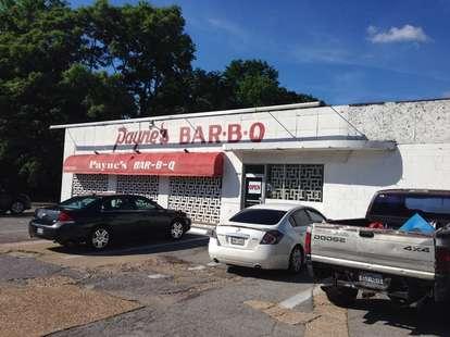 payne's bar b q exterior