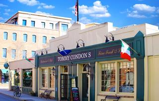 Tommy Condon's Irish Pub & Seafood Restaurant