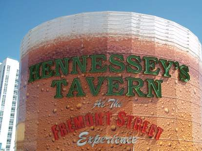 Hennessey's Tavern in Las Vegas, tallest pint of beer in the world