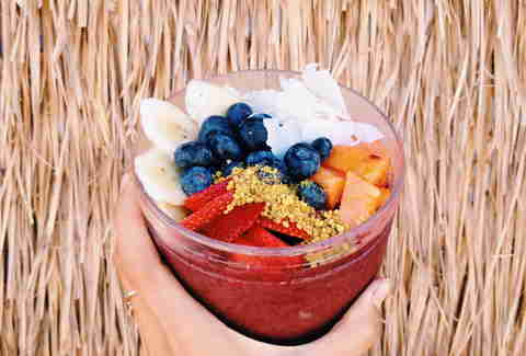 Haleiwa acai bowl with fruit