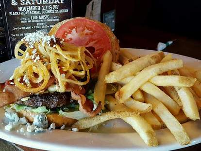 Mo's Irish Pub Noblesville fries burger bacon rings