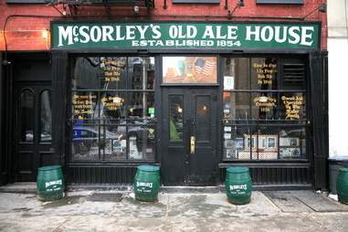 McSorley's Irish Pub in NYC