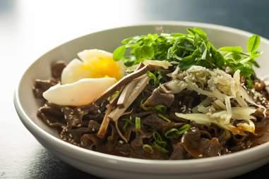 buckwheat noodles with egg