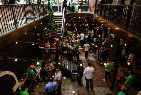 Casey's Irish Pub, Los Angeles Irish Bars