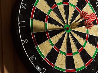 dart board, darts