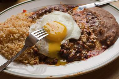 Fried eggs and rice