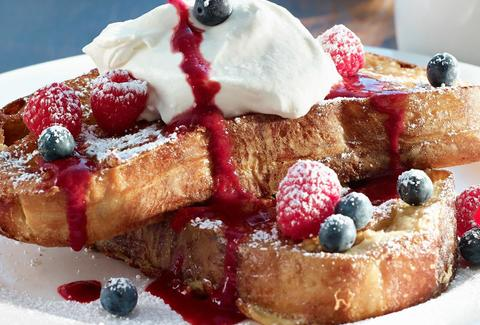Earls Dadeland Sourdough French Toast