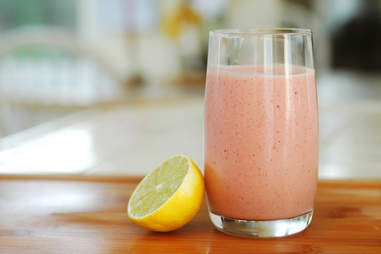 smoothie with lemon