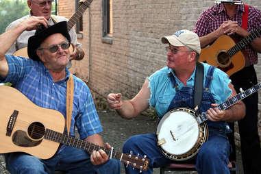 banjo players mount airy north carolina
