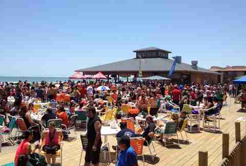 clayton's beach bar and grill