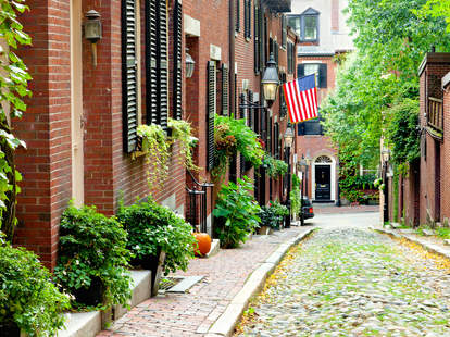 Beacon Hill, Boston, cobblestone street, Historic Boston