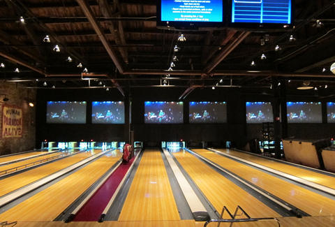 bowling alley, brooklyn bowl