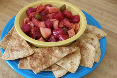 Pita chips with fruit
