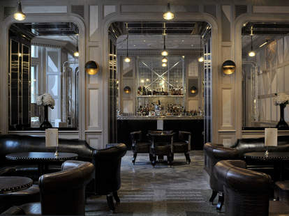 THE CONNAUGHT BAR london interior