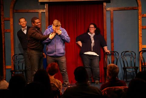 GO COMEDY! IMPROV THEATER detroit stage