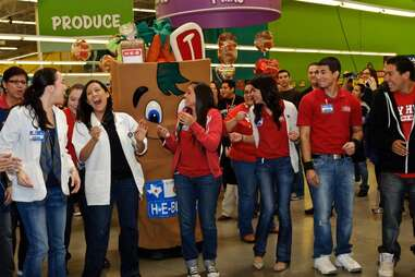 heb employees grocery store