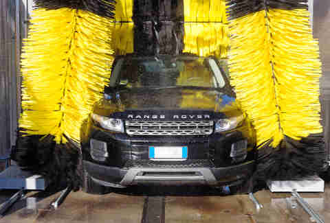 range rover in car wash