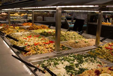 Cheap salad hacks at whole foods thrillist for Food bar whole foods
