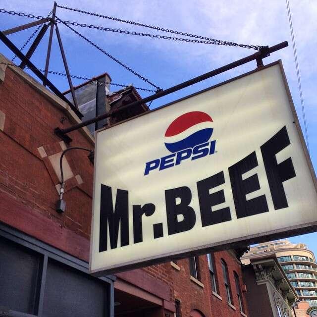 Mr. Beef Chicago, Mr. Beef sign
