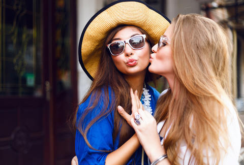 19 weird things only people from miami do thrillist cheek kissing friends greeting each other m4hsunfo