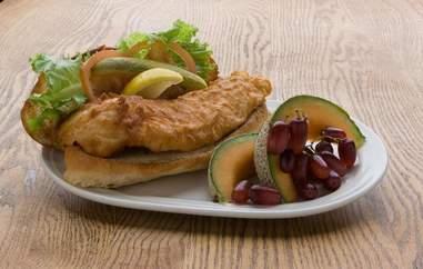 Gluek's Restaurant and Bar Minneapolis, walleye sandwiches