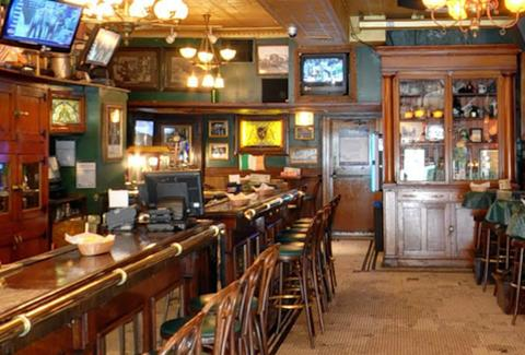 River Shannon Irish bar in Chicago