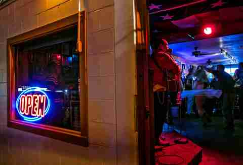The Oldest Bars in Austin - Thrillist
