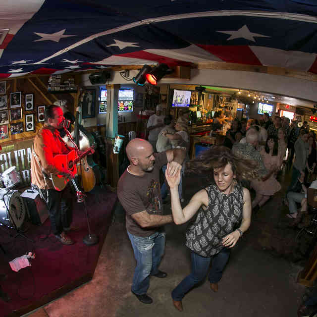 The Oldest & Most Historic Bars in Austin