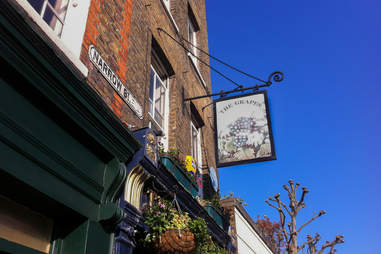 The Grapes bar in london