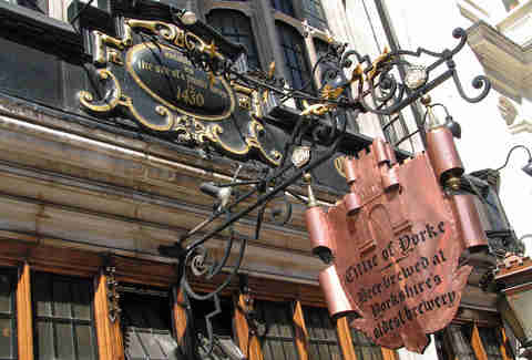 cittie of yorke bar in london