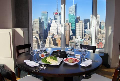 GAONNURI interior windows tables floor layout new york skyline view
