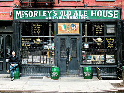 McSorley's Old Ale House new york dive bar