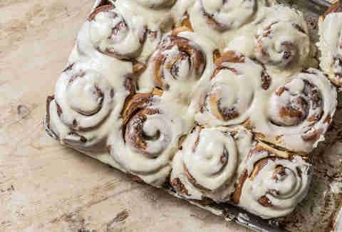 Julie Soefer Photography, cinnamon buns