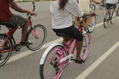 slow roll bike ride detroit