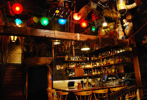 Upstairs Bar at Smuggler's Cove