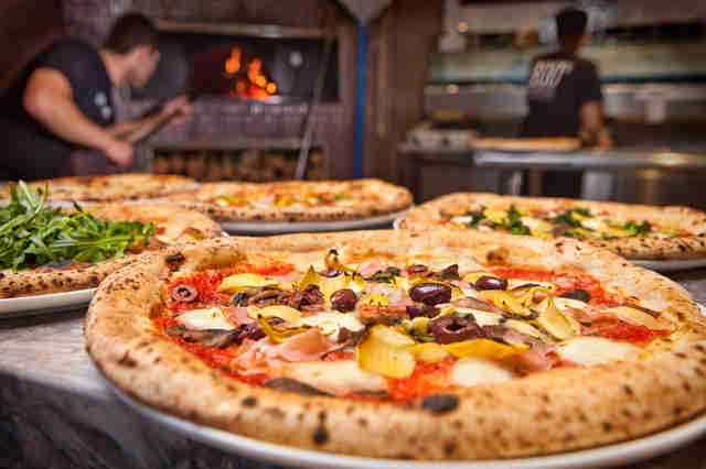 800 Degrees, Westwood pizza